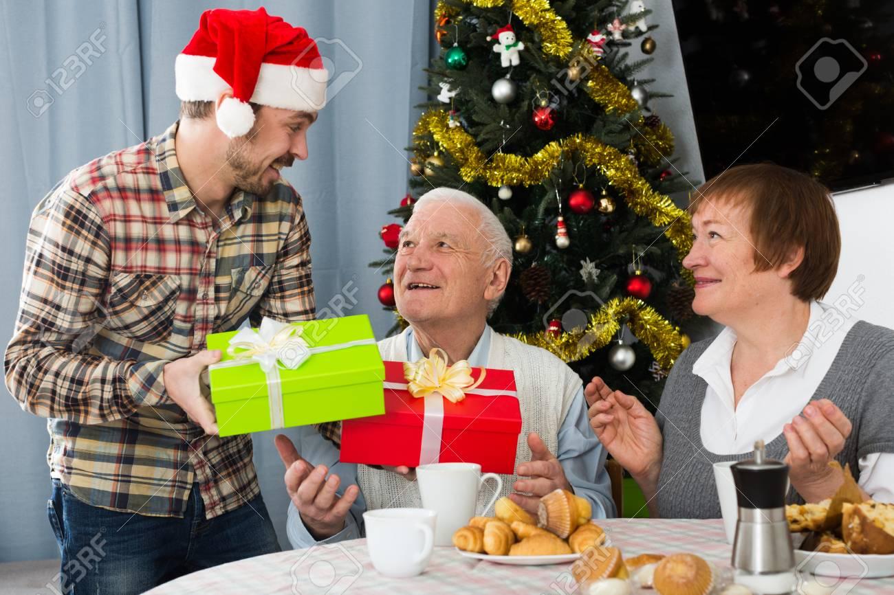 Weihnachten Festlich Gedeckter Tisch Von Cool Bis Opulent Vier