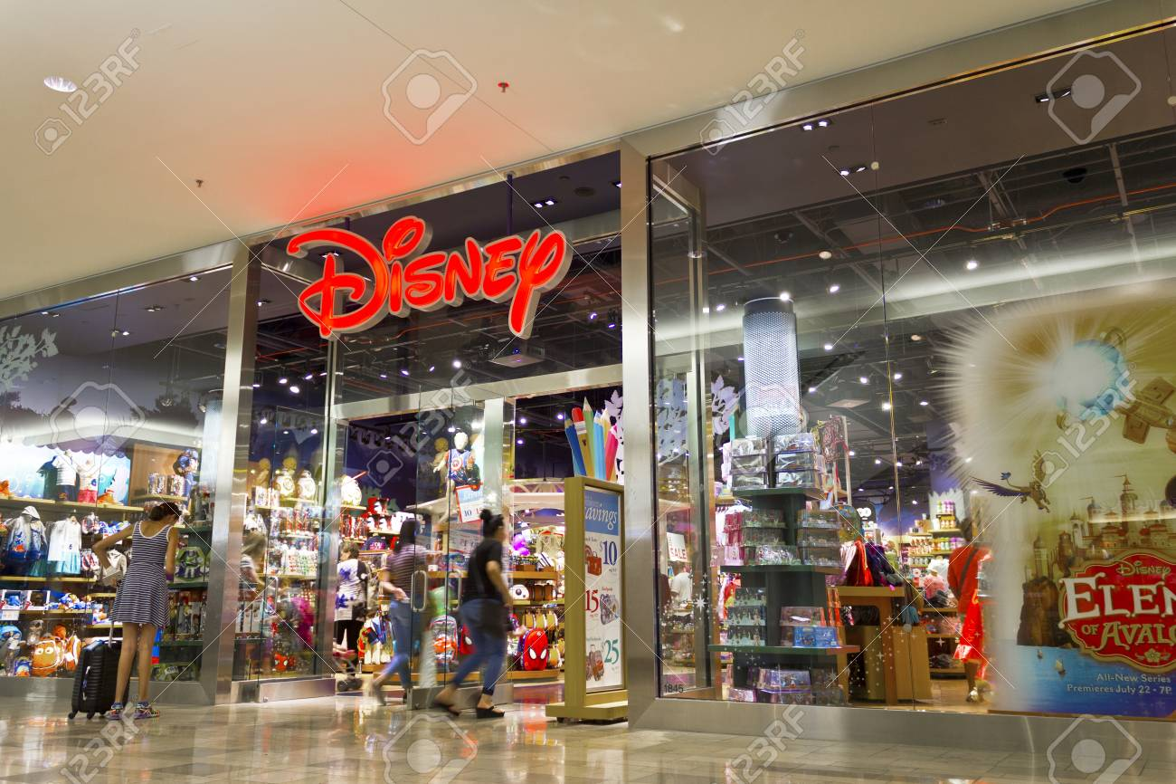 Store En Stock Las Vegas Circa July 2016 Disney Store Retail Mall Location