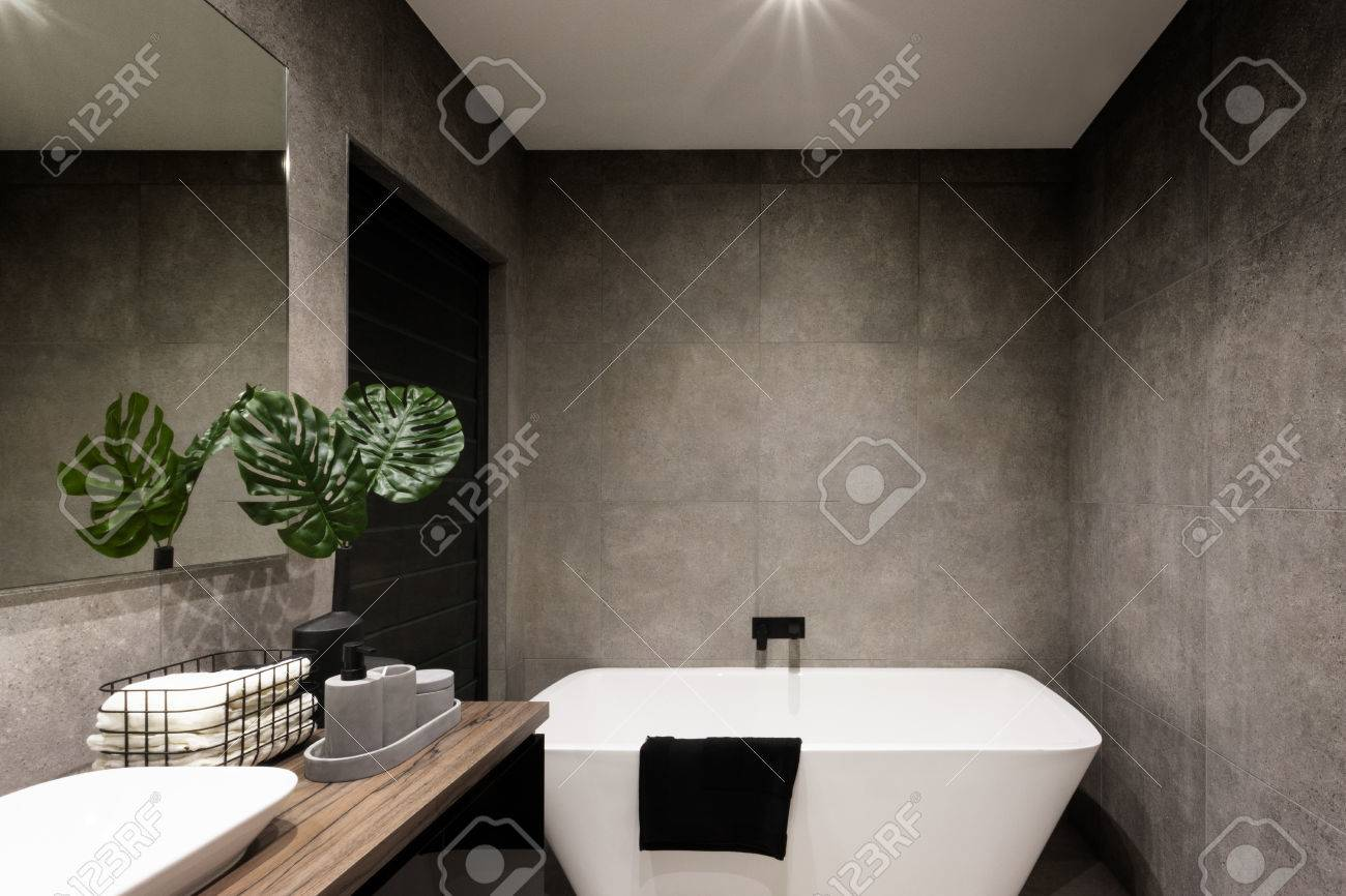 Badezimmer Fliesen Dunkle Stock Photo
