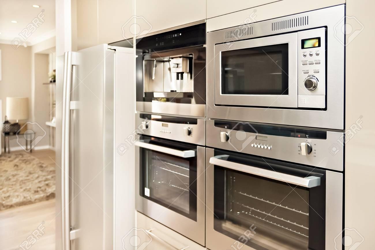 Smeg Kühlschrank Rafaello : Kühlschrank für wohnzimmer küche und essen