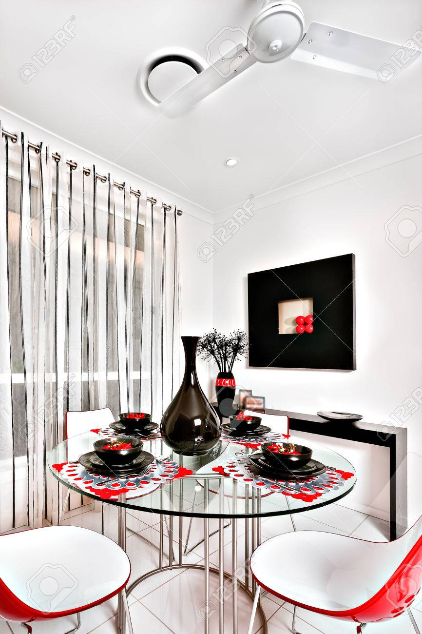 Esszimmer Stuhle Fur Runden Tisch Cremefarbene Kuchenstuhle