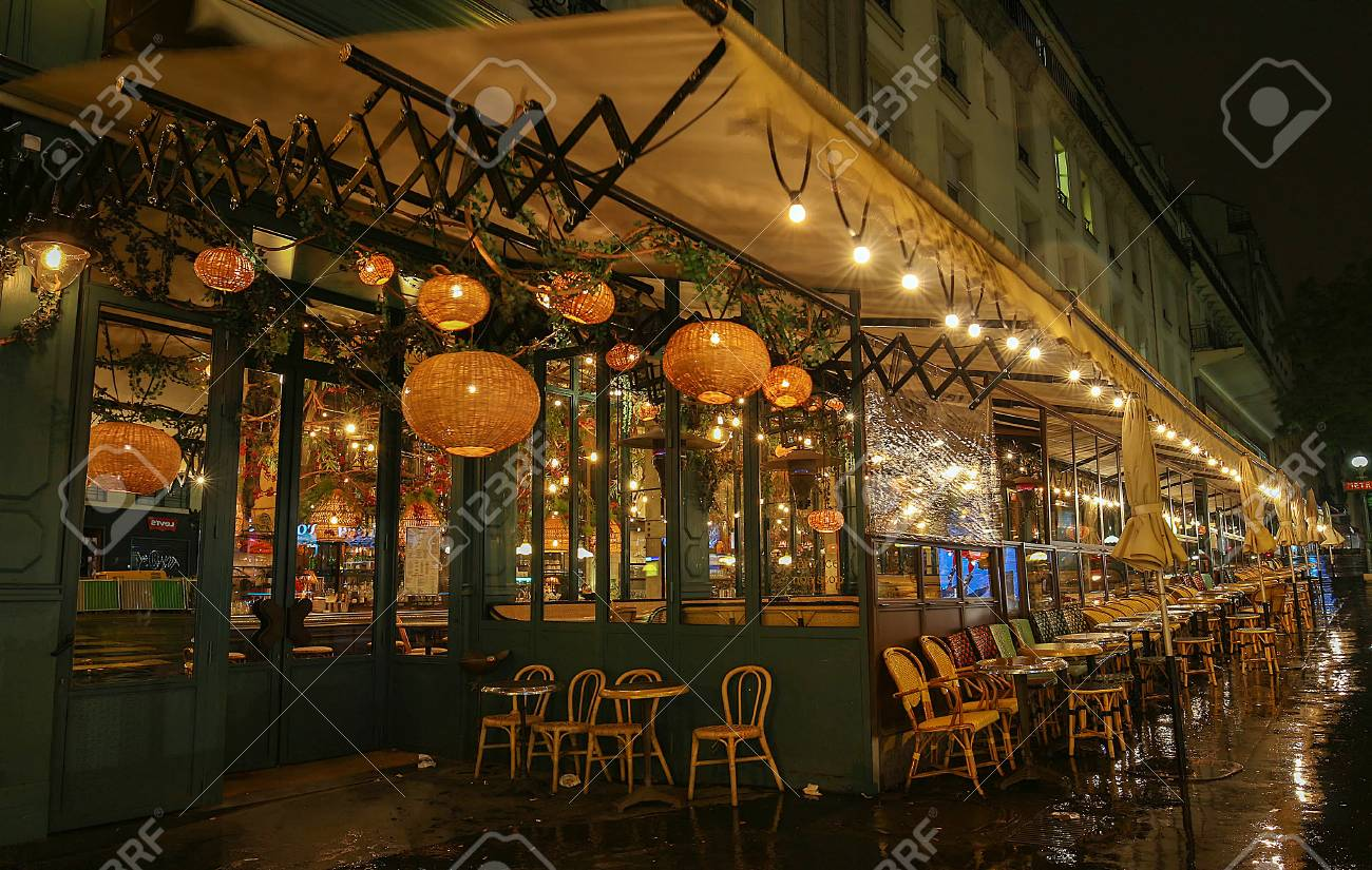 Café Des Capucines Paris Paris France November 11 2017 Le Grand Cafe Brebant Is The