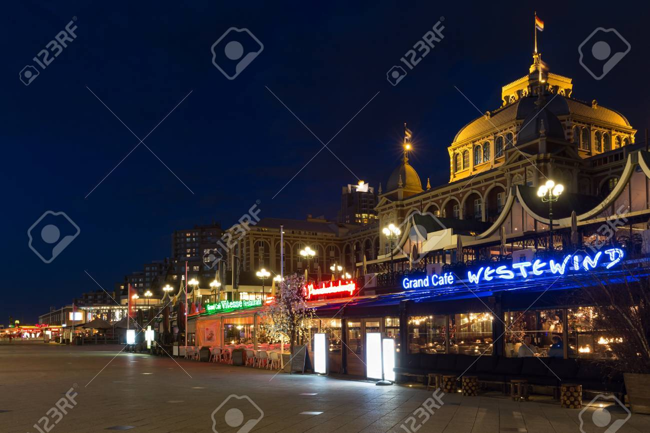 Scheveningen Beach Restaurants Scheveningen The Netherlands Apr 30 Night View At Beach Boulevard
