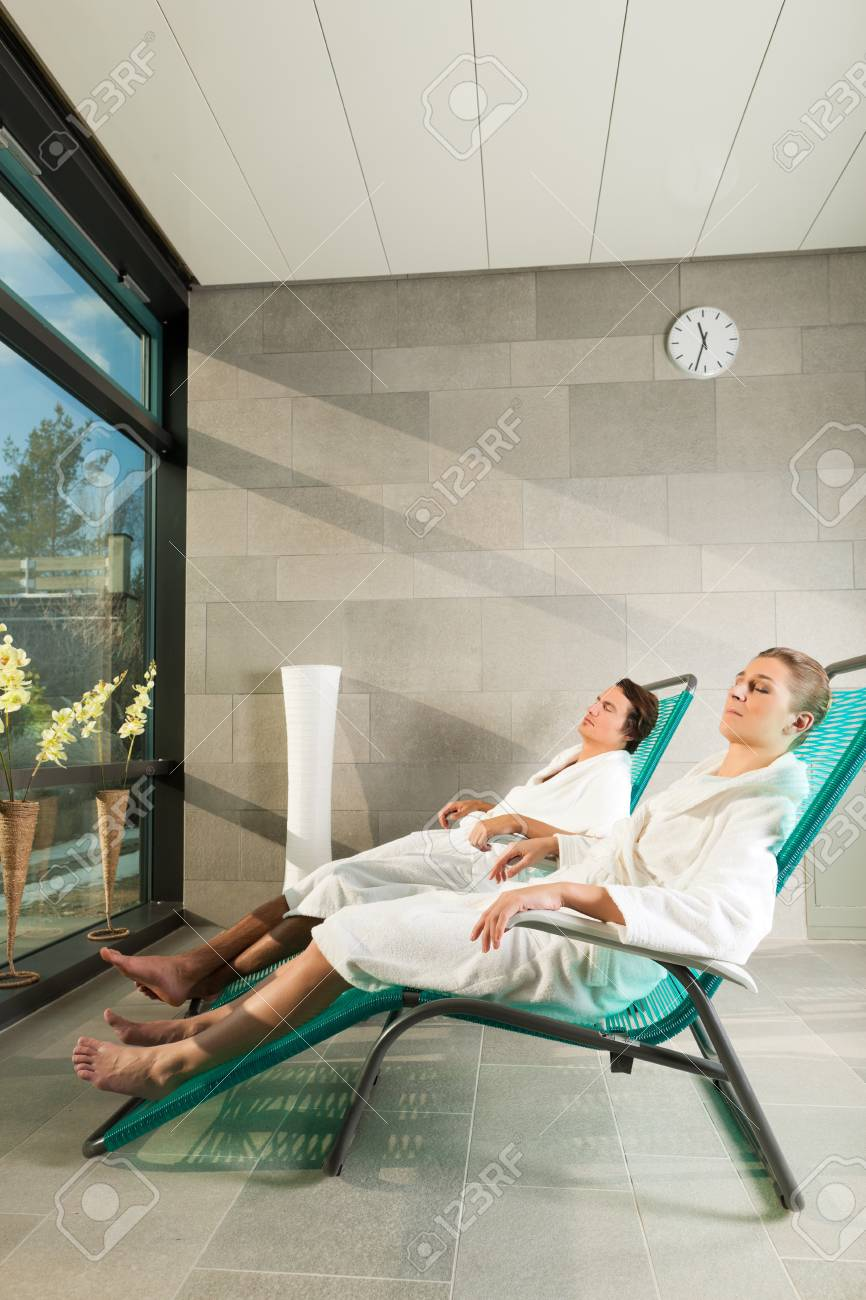 Liege Relax Young Couple Relaxing In Wellness Spa On Liege They Enjoy The