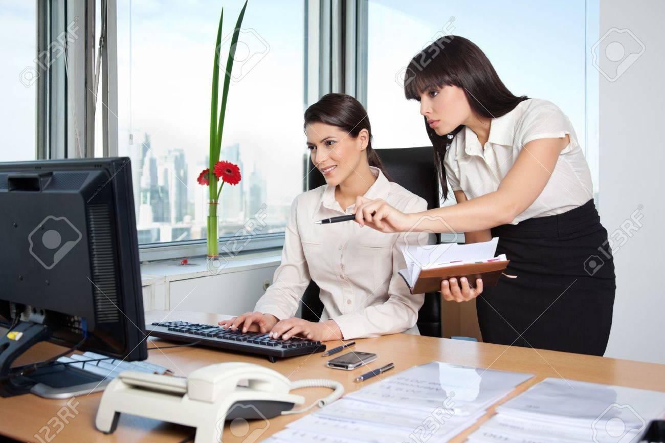 Bureaux travail ordinateur de bureaux à domicile livre résident