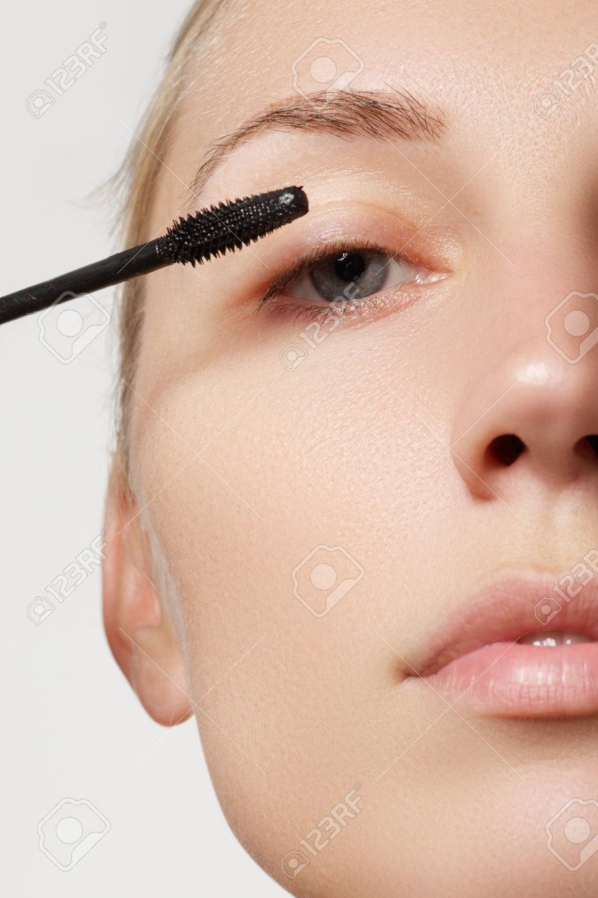 Blaue Wimperntusche Stock Photo