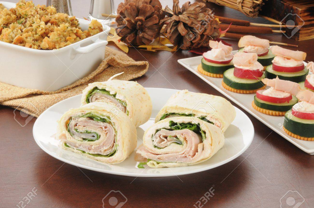 Canapés Wraps Sliced Turkey Or Chicken Wraps With Canapes And Dressing