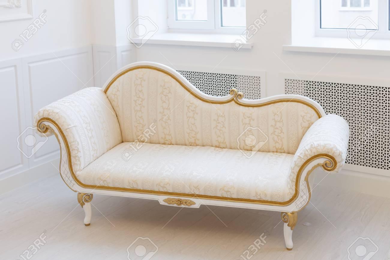 Weisses Wohnzimmer Wohnzimmer Komplett Set A Segnas 8 Teilig Farbe