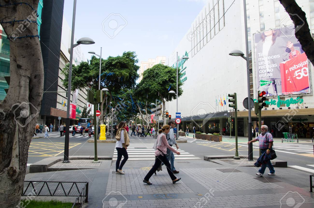 El Corte Ingles Mesa Y Lopez Telefono Street View From The Shopping Street Avenida De Jose Mesa Y Lopez