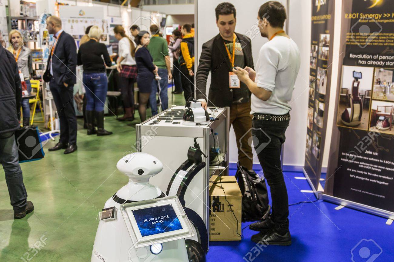 Salon De La Robotique Moscou Russie 20 Novembre 2015 Le 3ème Salon International De La Robotique Et Des Technologies De Pointe
