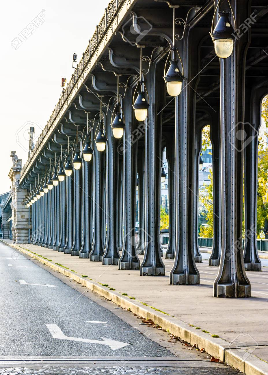 Arts Deco Paris Alignment Of Metal Pillars And Art Deco Street Lights Of The