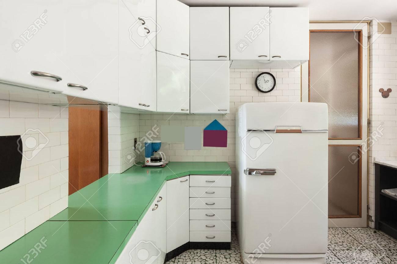 Outdoorküche Mit Kühlschrank Blau : Kühlschrank küche spektakulär kleine küche kühlschrank