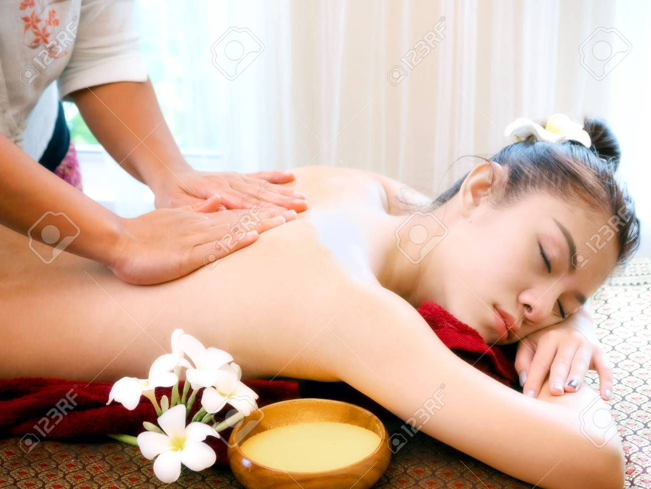 Salon Massage Body Body Woman Having Spa Body Massage Treatment In The Spa Salon Massage