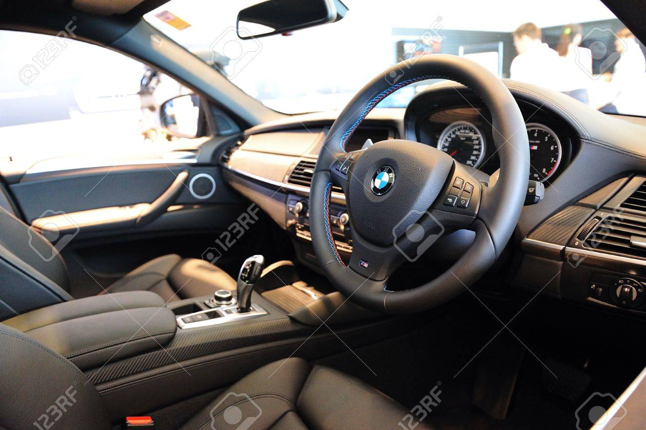 Interieur X6 Bmw Interior Of Bmw X6 M At Munich Automobiles Bmw Service Centre