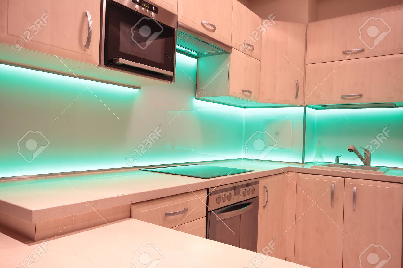 Led Küche Modern Luxury Kitchen With Green Led Lighting