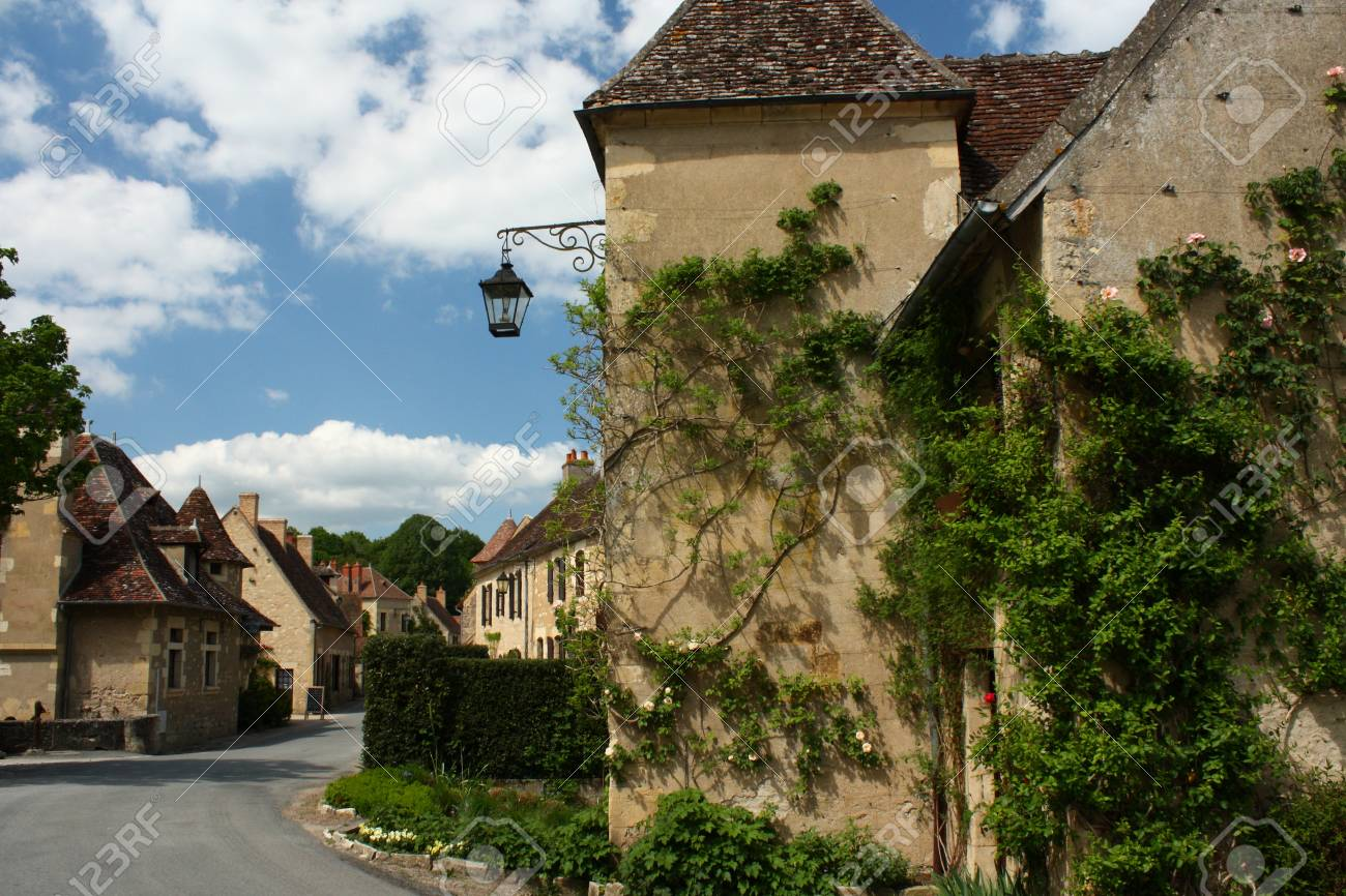 Apremont Sur Allier Chateau Apremont Sur Allier Village In France