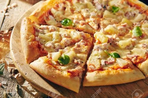 Deluxe Ken Ken Pizza On Pineapple Imgur Pizza Pineapple Napoli Pizza Restaurant Menu Delicious Fresh Pizza Pizzaon Rustic Wooden Pizza Restaurant Menu Delicious Fresh Pizza