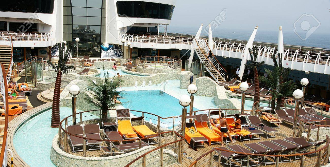 Pool And Jacuzzi Cibierta With Swimming Pools And Jacuzzi In A Cruise