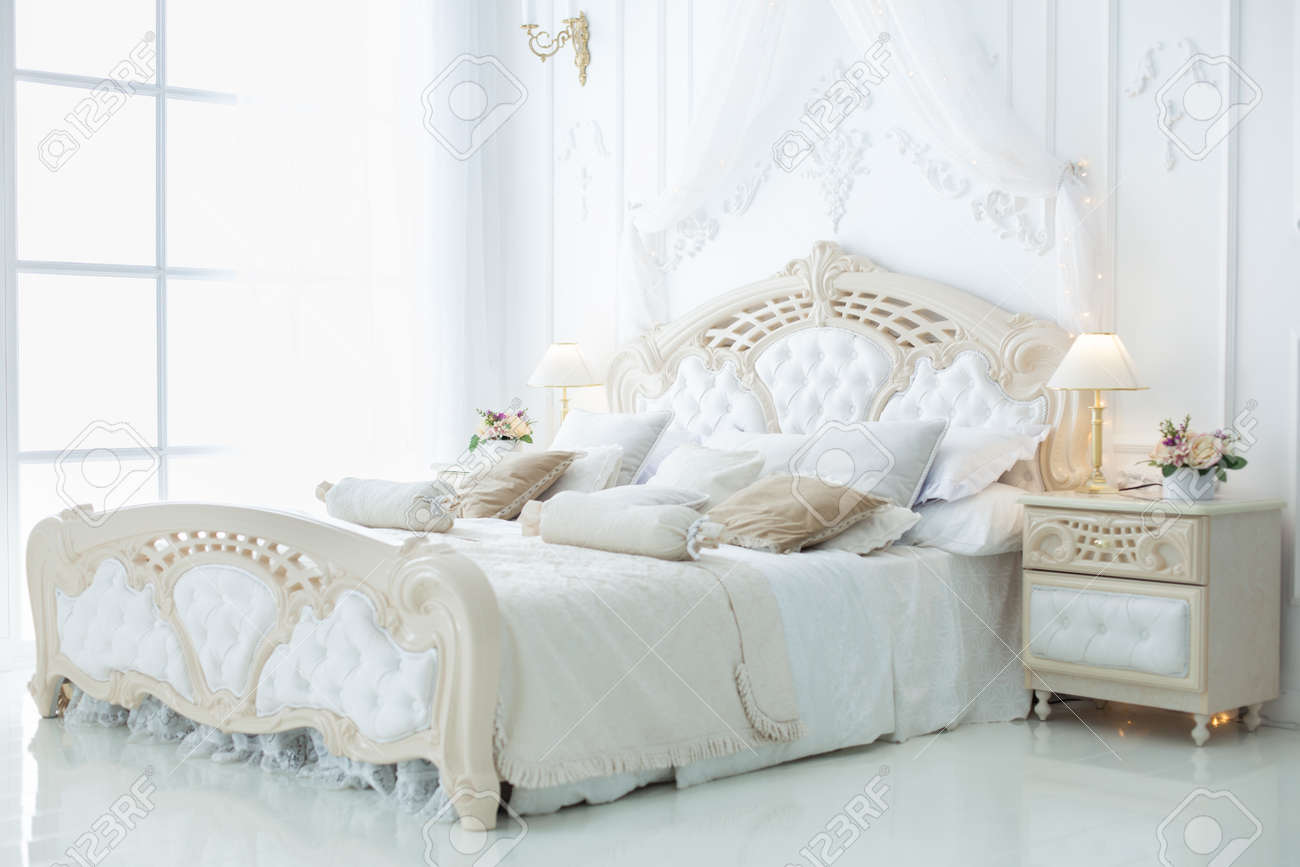 Schlafzimmer Komplett Classic Decor In The Bedroom In The Style Of Rococo