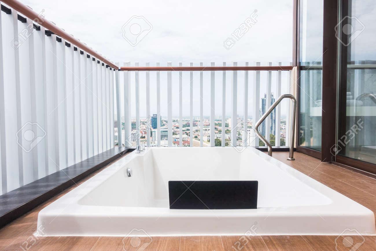 Vasca Da Bagno Vista : Vasca da bagno esterna dimensioni vasca da bagno pratika