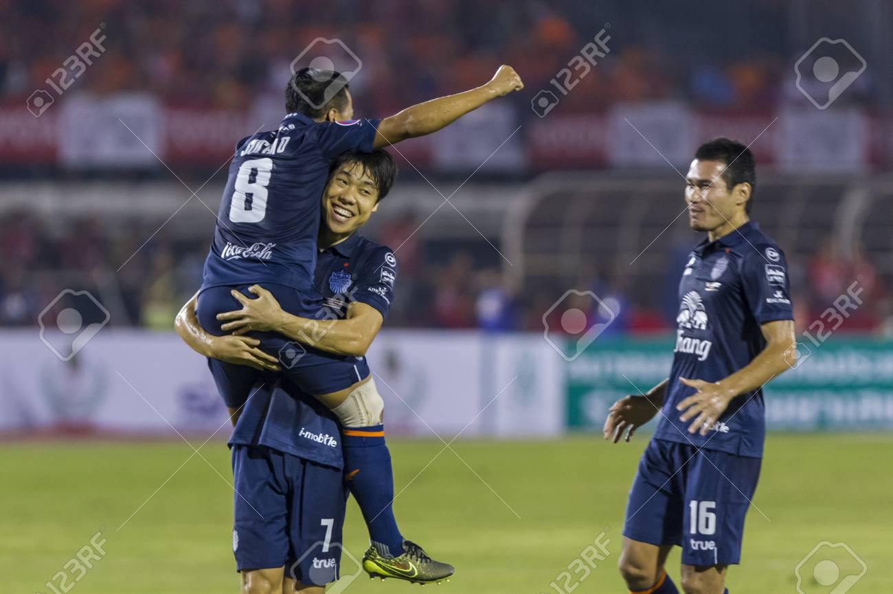 Suel Bangkok Thailand November2015 Ko Suel Ki Of Buriram Poses During