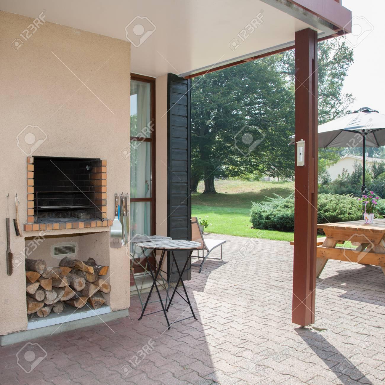 Terrasse Mit Kamin Gartenwohnung Mandl Bei Zell Am See Pool Sauna