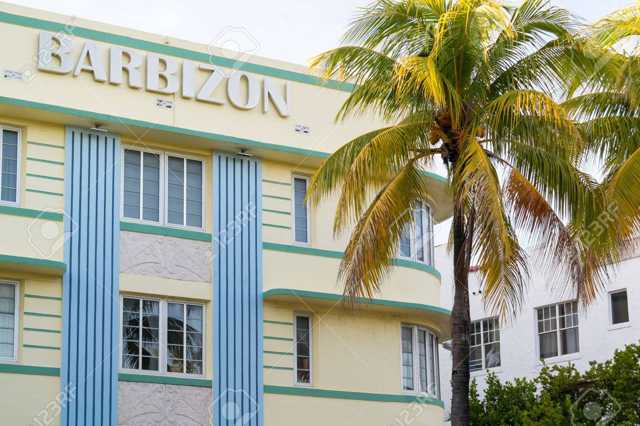 Deco Maison Usa Top Facade Of Art Deco House Barbizon On Ocean Drive In South