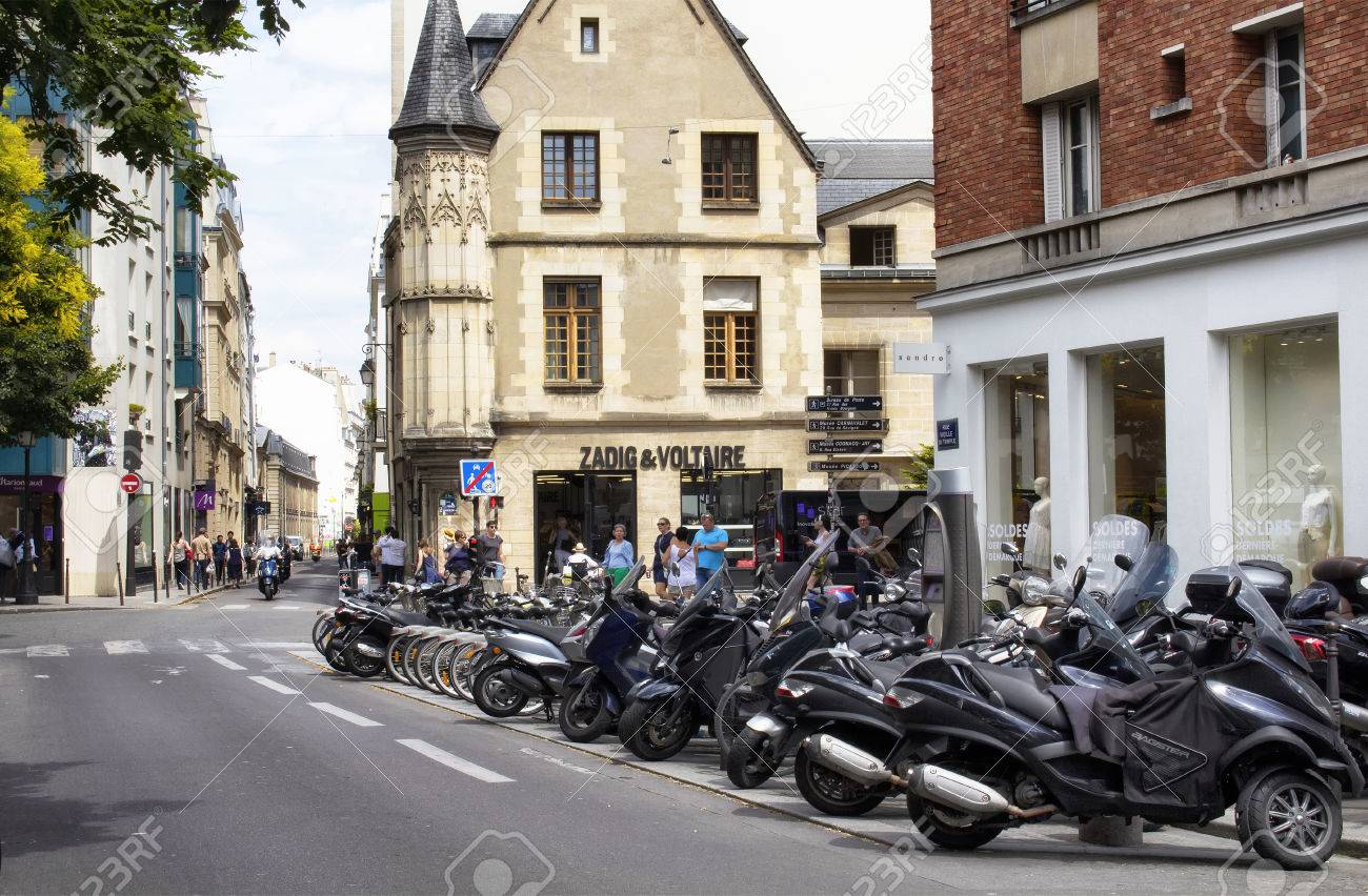 Soldes Paris 2016 Paris July 2016 View Of Motorcycles Parked On One Of The