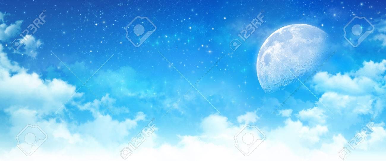 Fondo De Cielo Azul, Luz De La Luna En Las Nubes Blancas, Estrellas - fondo nubes