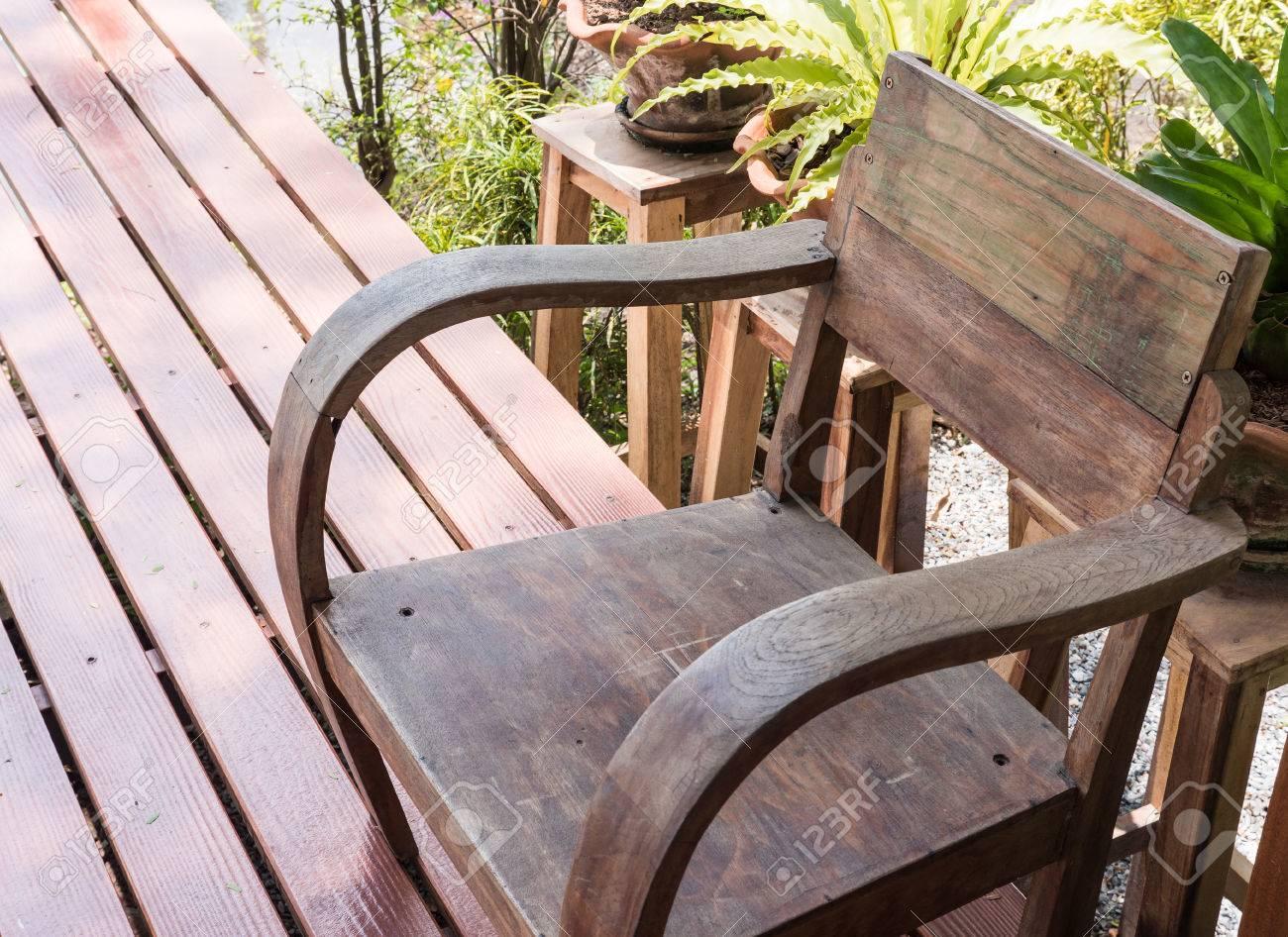 Fauteuils Bois Terrasse | Mobilier De Jardin Tables Fauteuils Et ...