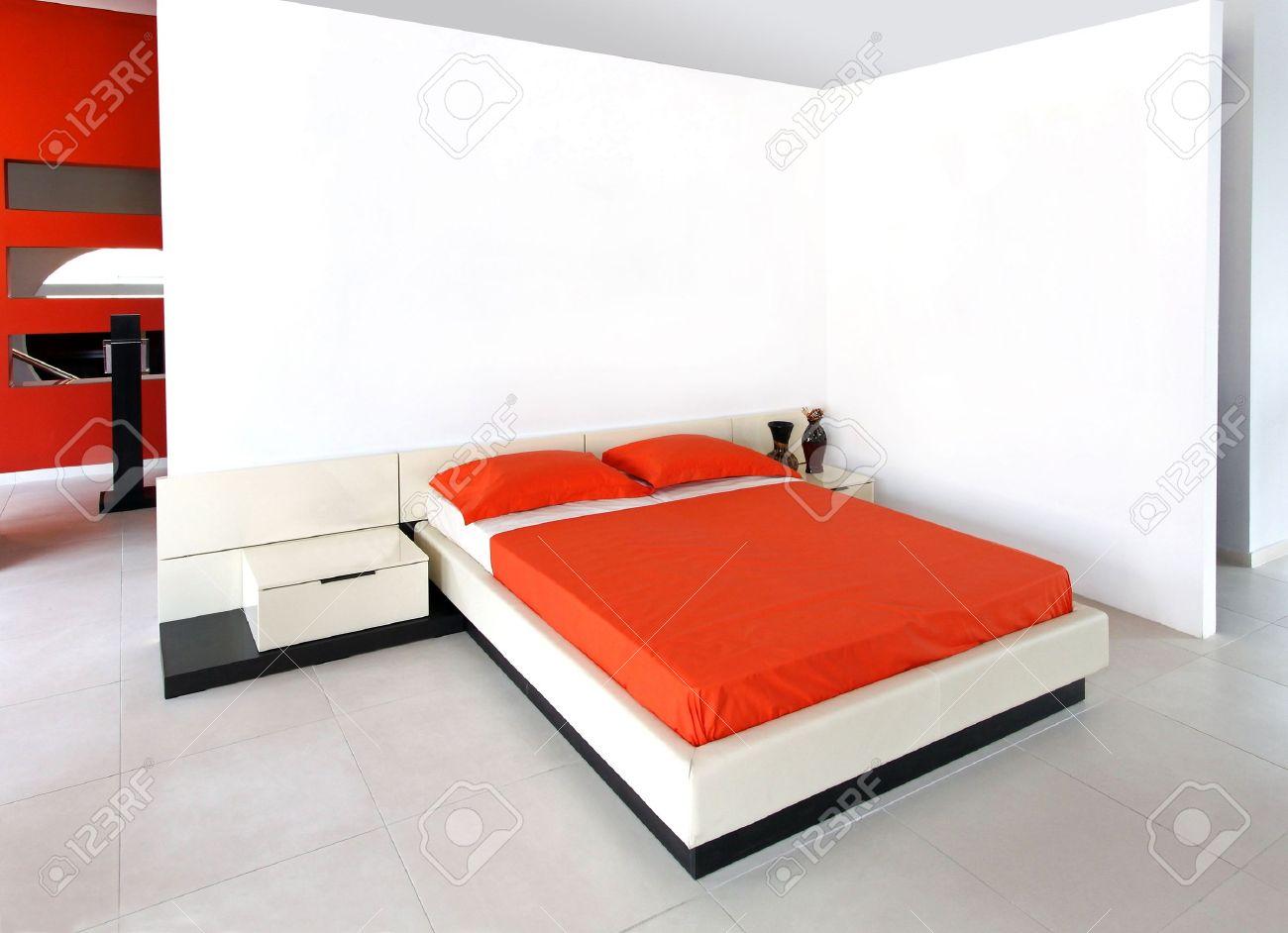 Chambre Coucher Moderne. Modele De Chambre Coucher En Et Chambre A ...