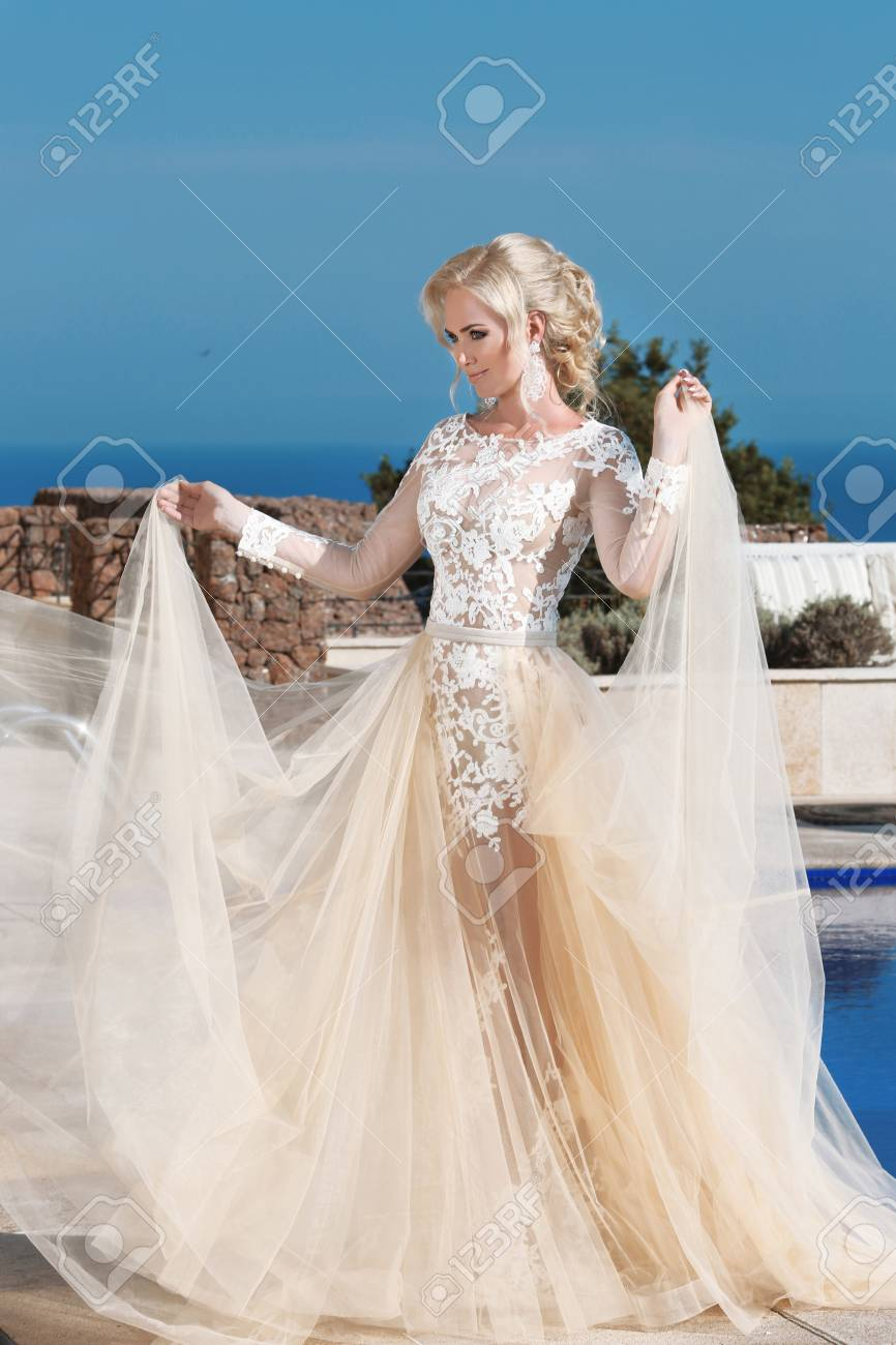 Brautkleid Sommer Stock Photo