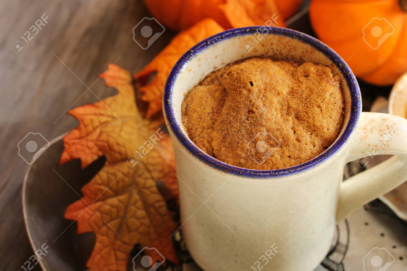 Becher Kuchen Stock Photo