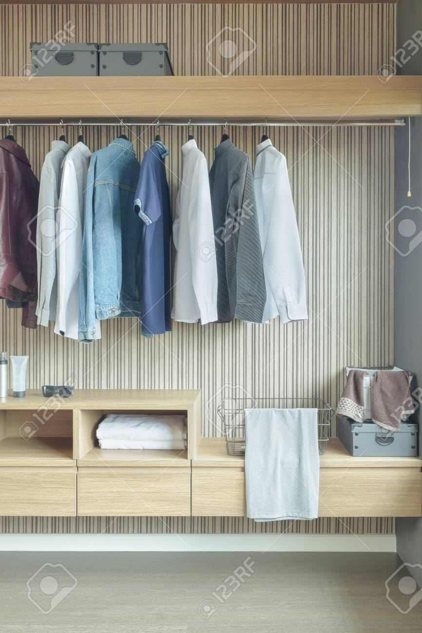 Jacken Garderobe Stock Photo