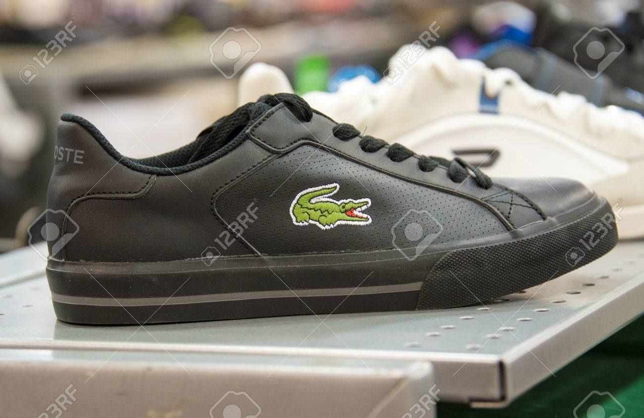 Lacoste Schuhe Stock Photo
