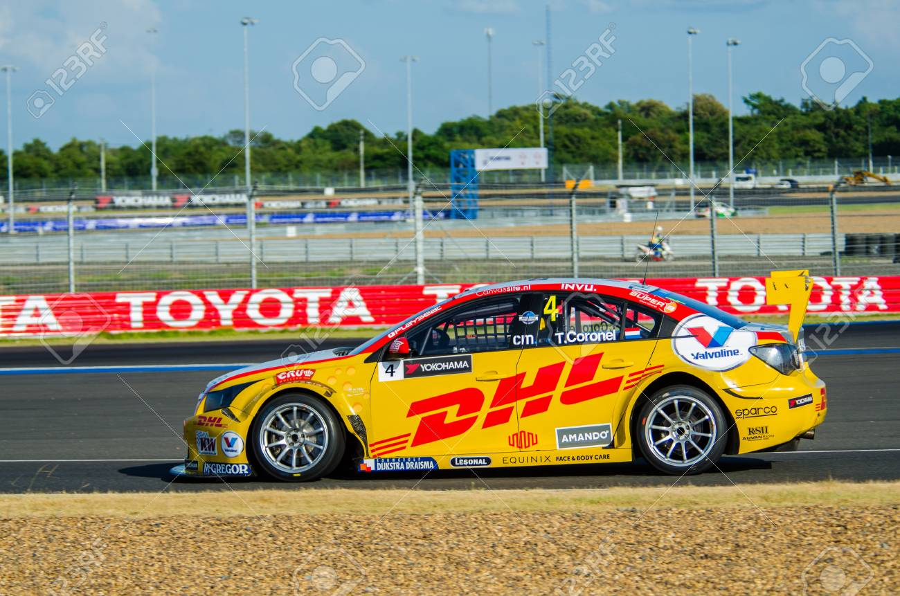 Tom Coronel Buriram November 1 Tom Coronel With Chevrolet Rml Cruze Tc1