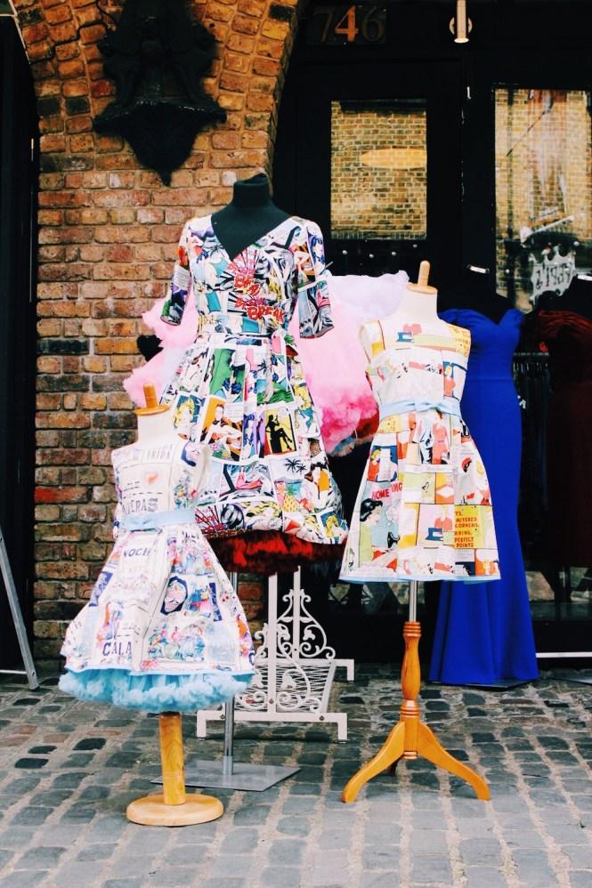 Camden Town - Vestidos com ilustrações