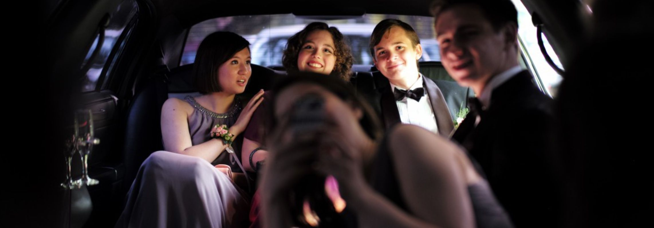 Limo Prom 5 Reasons To Book A Prom Limo Primo Limo Raleigh Nc