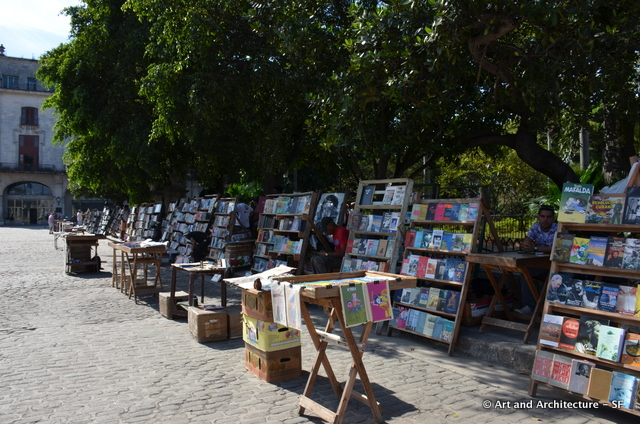 Book sellers in the Main Plaza
