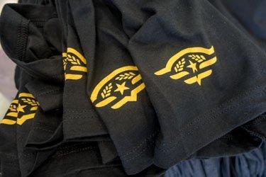 Hanger 24 sleeve prints