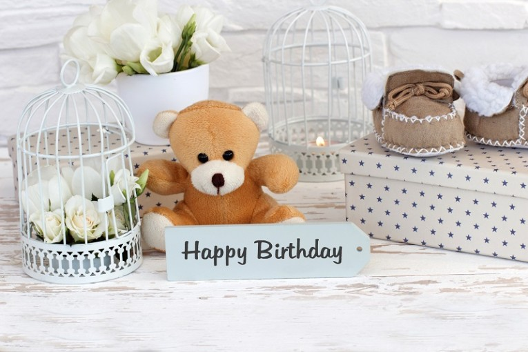 Happy Birthday Posters and Amazing Ideas of Printed Wall Art for