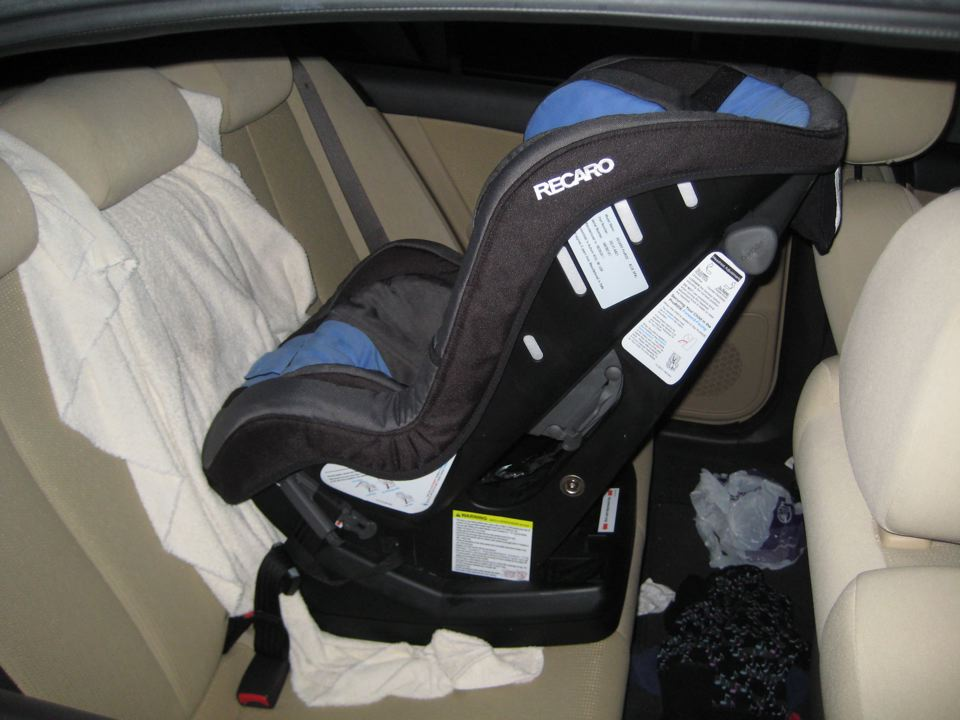Rear Facing Car Seat Model 3 Ok To Use Latch In Middle Seat Priuschat