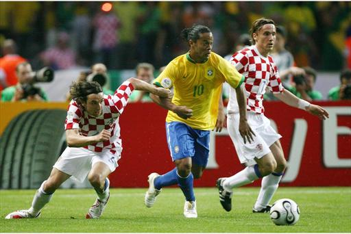 brazil beats croatia in world cup opener