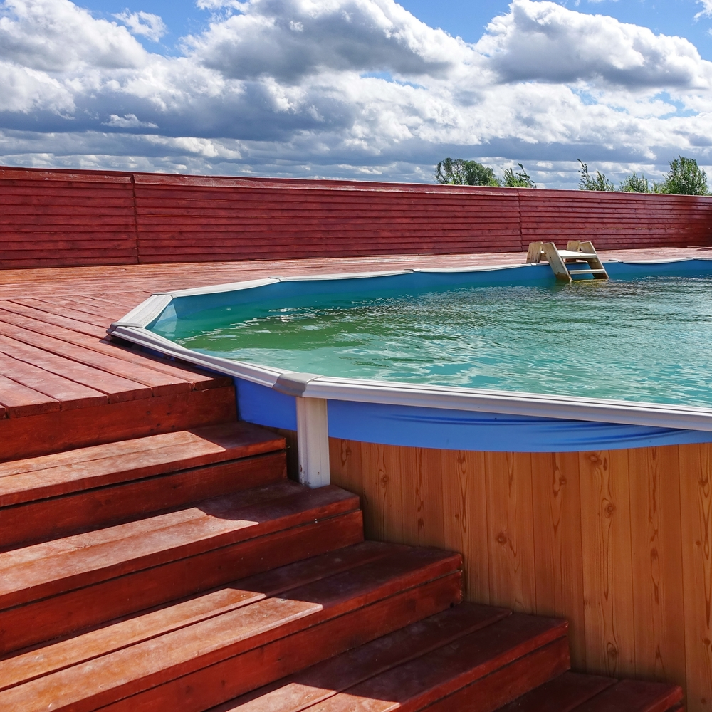 Terrasse Composite Cout Piscine Semi Enterrée Une Alternative Tendance Mais à Quel Prix