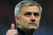 Mourinho me super pagë te United