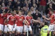 Manchester United u kthehet fitoreve, shkatërron Leicester Cityn