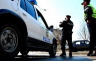Policia vozit pa drita në autostradë (Video)
