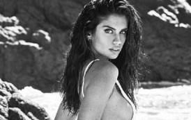 Sara Samapaio seksi në Malibu