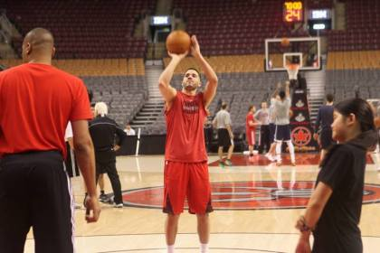 Greivis Vasquez shooting by Paul Saini (Fylmm.com)