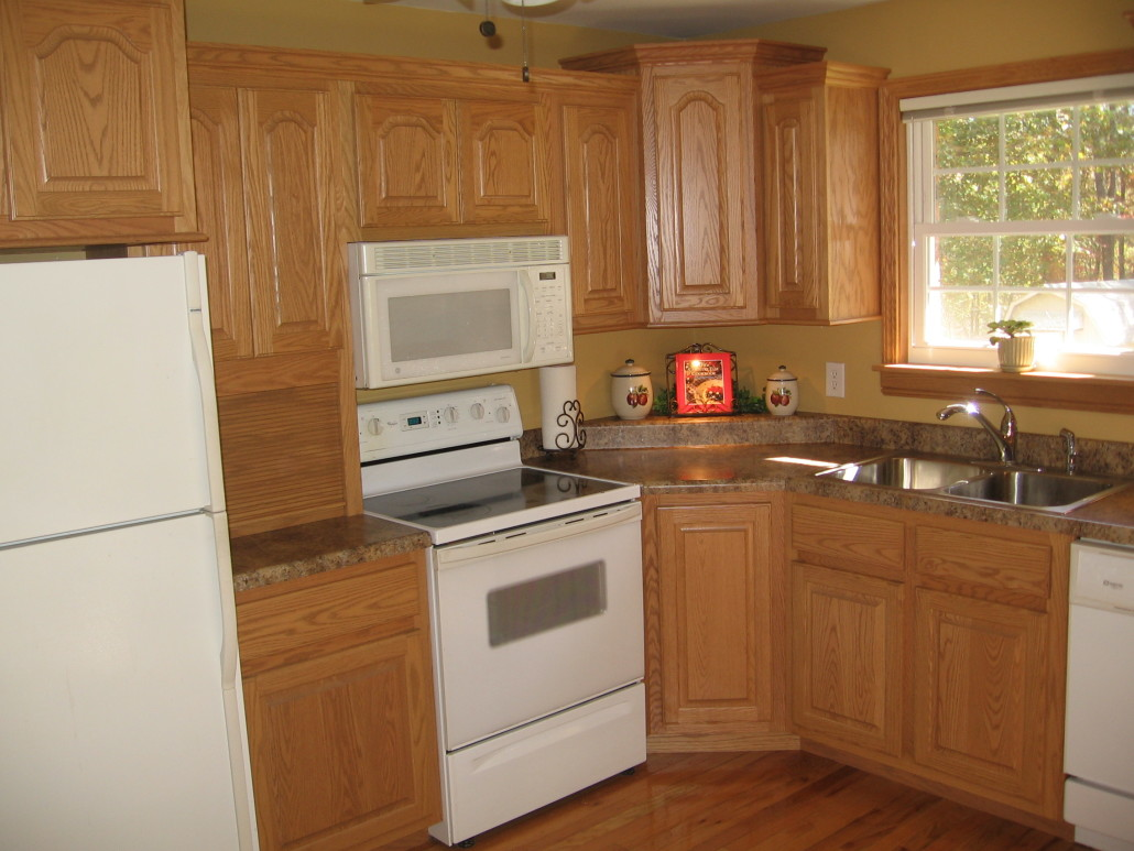 Red Kitchens With Oak Cabinets Henschen Kitchen Procraft Woodworks